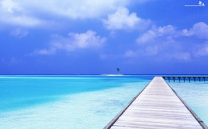 awesome-crystal-blue-tropical-ocean-2560